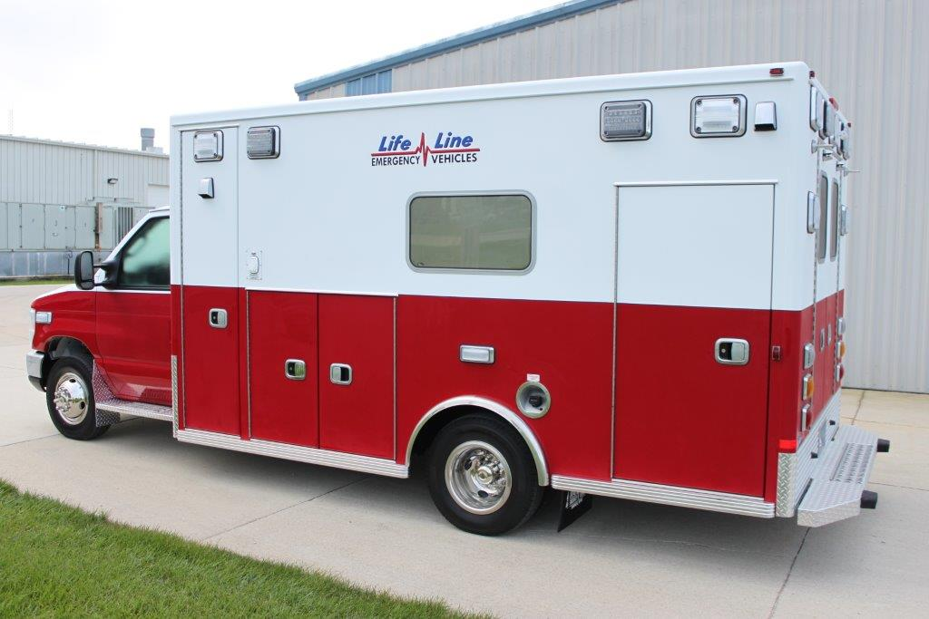 Demo On Hand-Pfund Superior Sales | Life Line Emergency Vehicles
